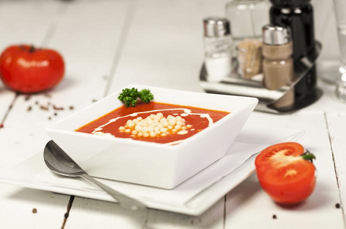 Zupa pomidorowa z zacierką